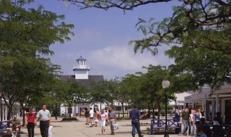Lighthouse Place Premium Outlets Shopping Michigan City Outdoors