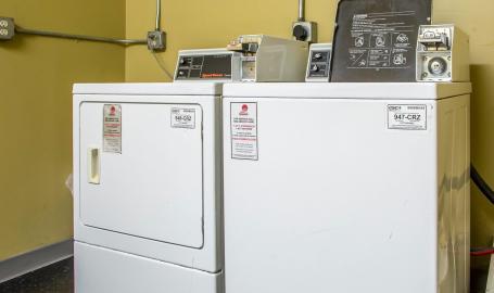 Quality Inn Hotel Merrillville laundry