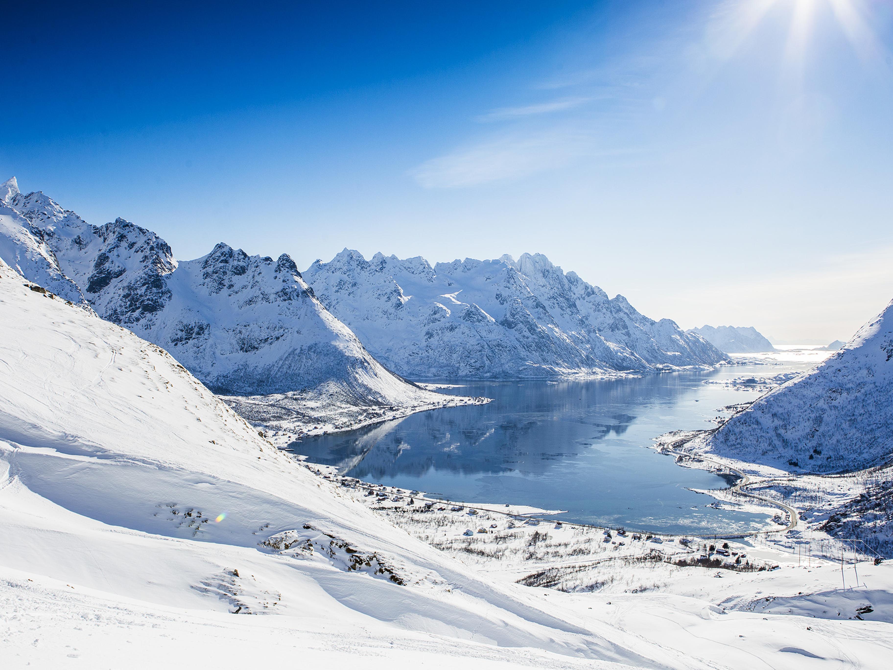Austnes fjord, Lofoten. Photo: Mats Grimsæth