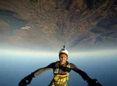 11860_1175_chatt_skydive1.jpg