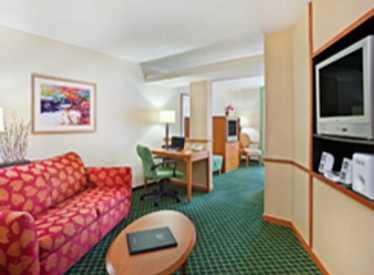Suite Living Room at Fairfield Inn & Suites/East Ridge