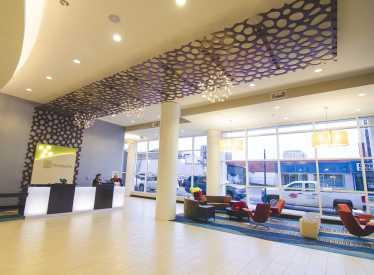 Holiday Inn Hotel & Suites Lobby