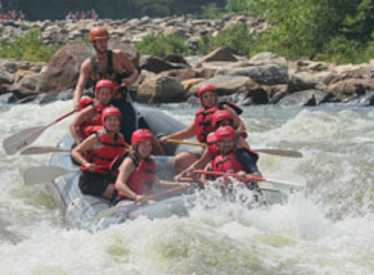 Rafting with Nantahala Outdoor Center