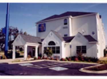 682_260_Motel_6_Downtown2.jpg