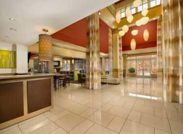 Hilton Garden Inn Downtown Lobby