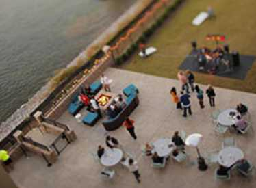 Waterside Lounge Patio