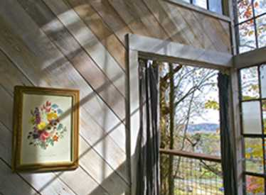 Treetop Hideaways Interior