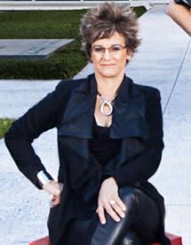 Mari Carmen Ramirez 215 x 275