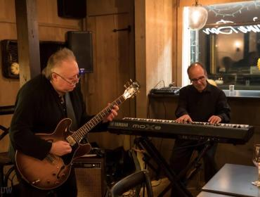 Live Music with  Andy Calabrese & Chet Catallo at Via Girasole Wine Bar