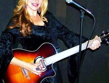Live Music with Annie Rhodes  at Via Girasole Wine Bar