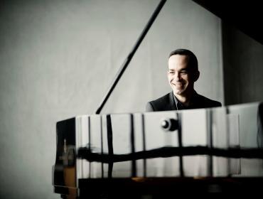Season Opener: Grieg's Piano Concerto + Cinderella