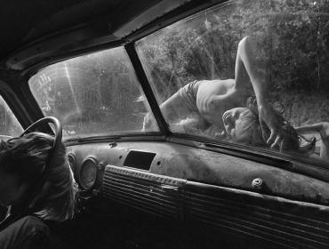 Gallery Tour with Photographer Eugene Richards