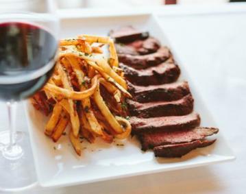 22 Bowen's Steak Frites