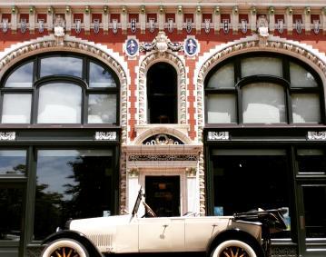 Newport Classic Cars