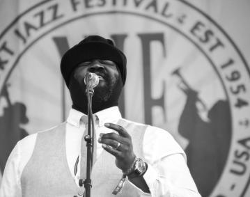 https://res.cloudinary.com/simpleview/image/upload/crm/newportri/Newport-Jazz-Festival-2016_Credit-Discover-Newport-155_6b6f66e9-5056-b3a8-4971f20bdf2506ec.jpg