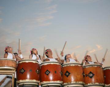 https://res.cloudinary.com/simpleview/image/upload/crm/newportri/drummers6-black-ships-festival_30dd1623-5056-b3a8-499bddbdcf0c7844.jpg