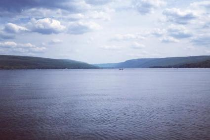 honeoye-lake-view-from-sandy-bottom-park__552xXXX