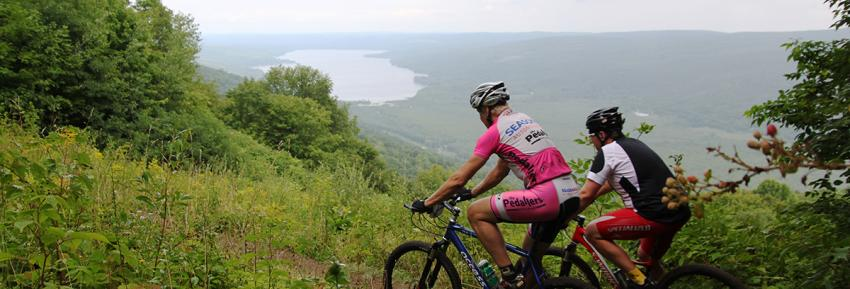 mountain-bike-harriet-holister-scenic-racers