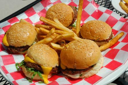 Burgers at J&S Hamburg