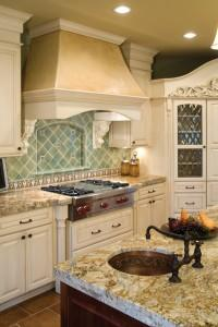13531364_luxury_kitchen