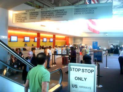 airportTicketCounter.jpg