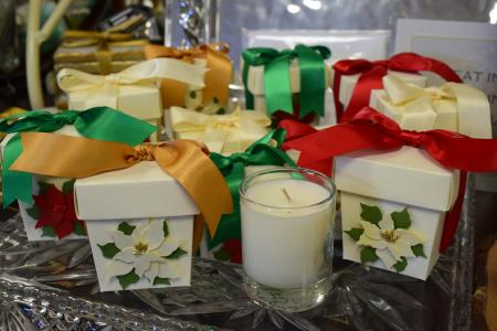 Gift Box Candles from Under the Pecan Tree