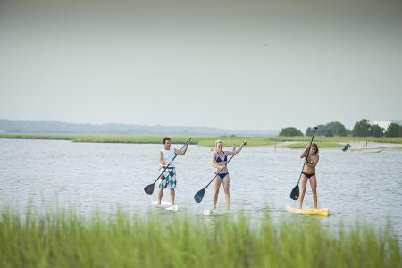 SUP (Stand Up Paddleboarding)