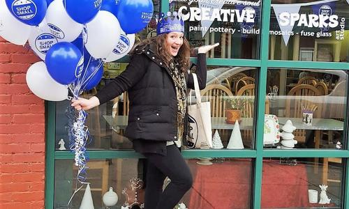 Creative Sparks and Balloonatics Blue and White Balloons