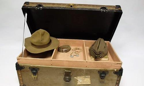 Friends of the NYS Military Museum Trunk with Hats