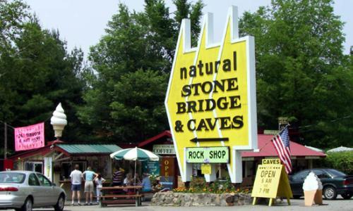 natural-stone-bridge-caves-park-10
