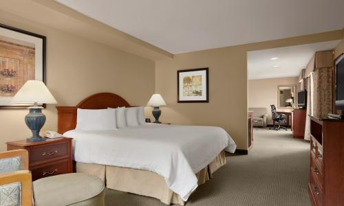 Overnight Room - King Junior Suite