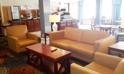 holiday-inn-express-clifton-park (5)