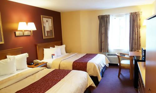 Red Roof Inn Clifton Park Double Queen