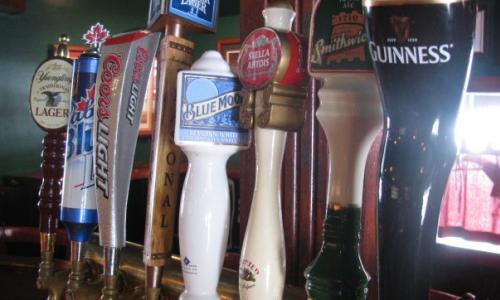 Horseshoe Inn beer taps