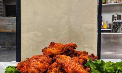 Horseshoe Inn chicken wings