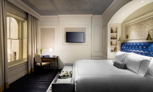 Adelphi Bedroom