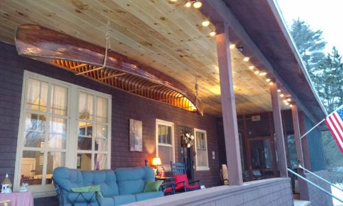 Geyser Lodge Front Porch
