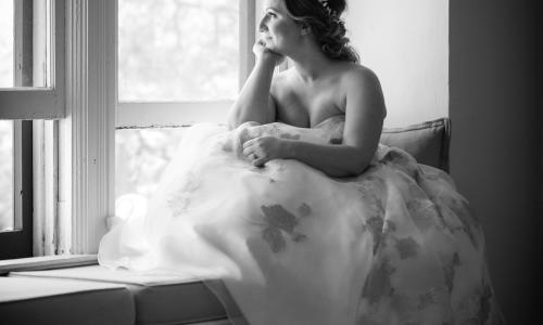 Metroland Photo Bride on Windowsill