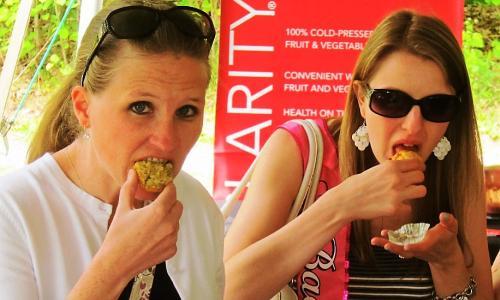 Fun in Saratoga Tours Women Eating