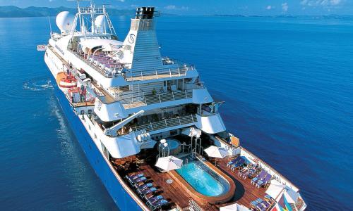 Live Life Travel Sea Dream Yachi aerial