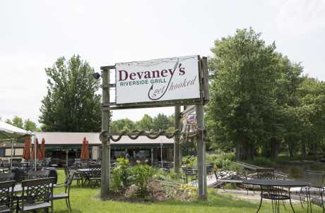 DEVANEY'S RIVERSIDE GRILL