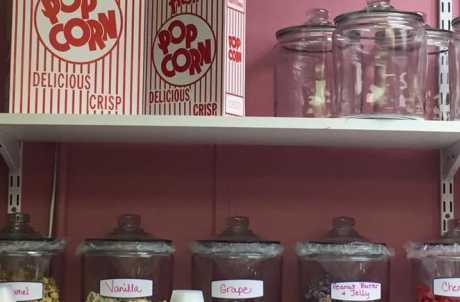 Lauries Lil' Popcorn Shoppe