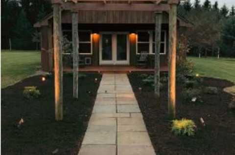 Ashling Acres lodging