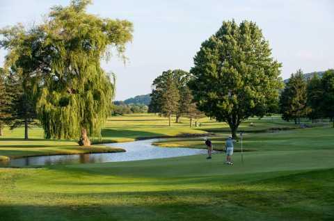 Seven Oaks Golf Club