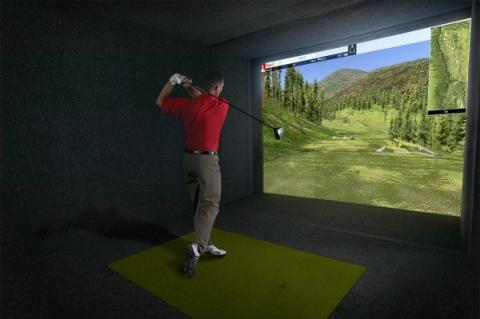 Practice your golf swing all year round at Avid Indoor Golf in Rochester