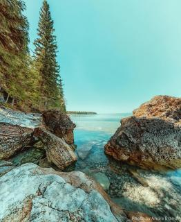Caves Self-guiding Trail, Clearwater Lake Provincial Park