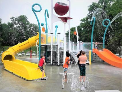 Clarksville Cove splash pad