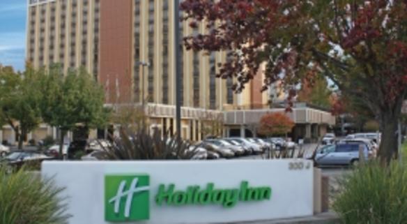 Holiday Inn Capitol Plaza