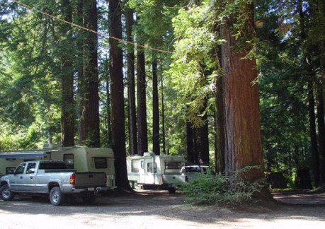 2796P3camping rv emerald forest full hook ups.jpg