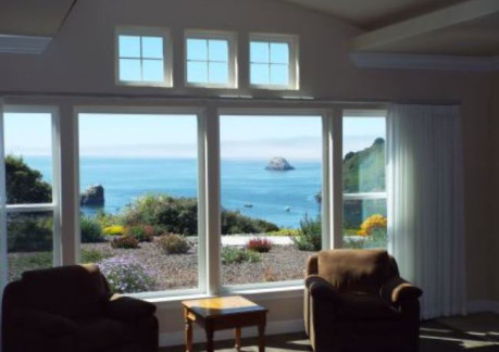 5089P3trin-bay-va-livingroom.jpg
